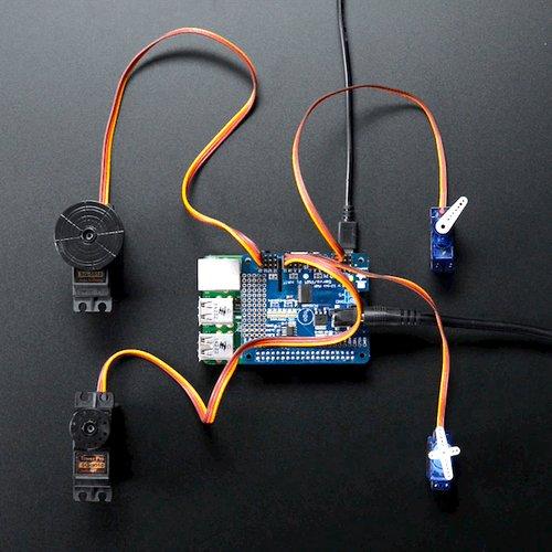 Adafruit 16チャンネル PWM/サーボ HAT for Raspberry Pi